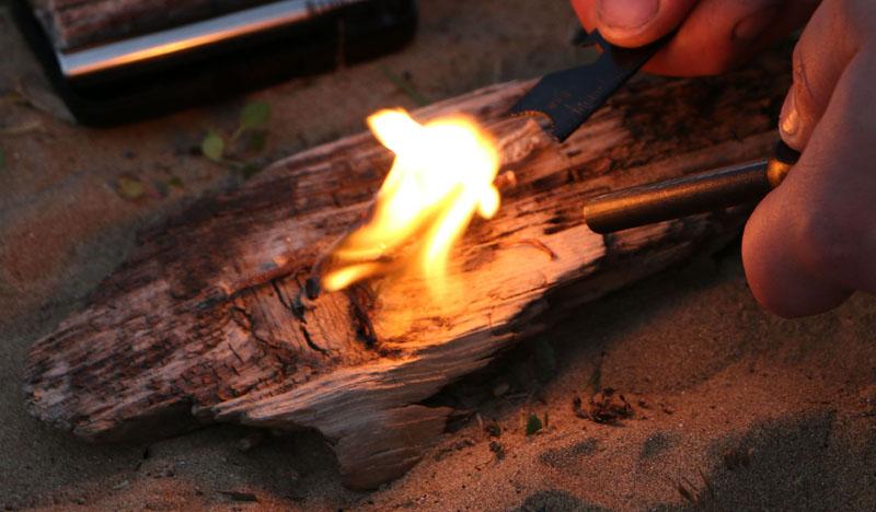 Spitfire Pocket Bellow Fire Lighting Campfire Bushcraft Festival Hiking Camping
